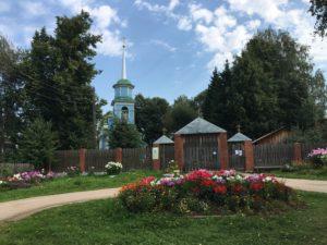 Благовещенская церковь в поселке Ильинский