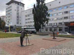 Памятник Пермяк соленые уши в Перми