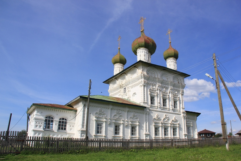 Никольская церковь Ныроб Пермский край