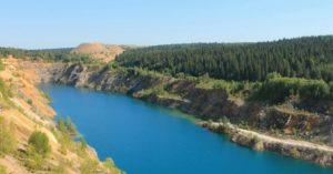 Голубое озеро близ Александровска