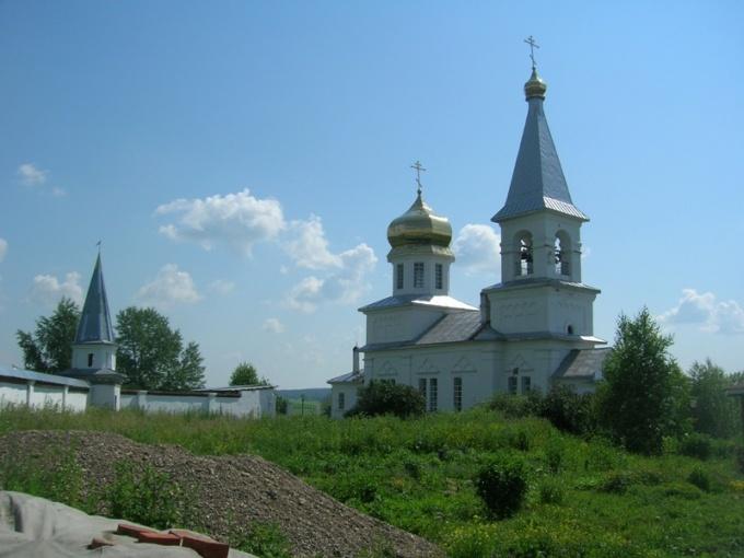 Женский монастырь в Верхнечусовских городках
