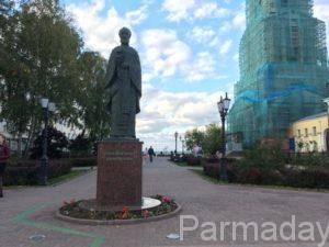 Николай Чудотворец на соборной площади Перми