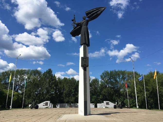 Памятник ВОВ в Мотовилихе.