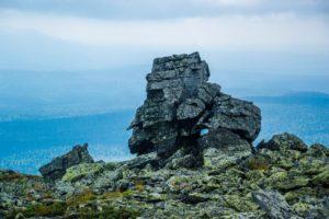 Камень на горе Ослянка