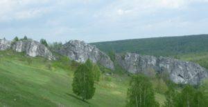 Гора крестовая хребет