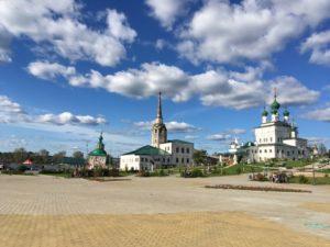 Соборная площадь в городе Соликамск
