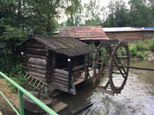 водяная мельница в этнографическом парке реки Чусовая
