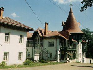 Дом Каменского в Суксуне цветное фото