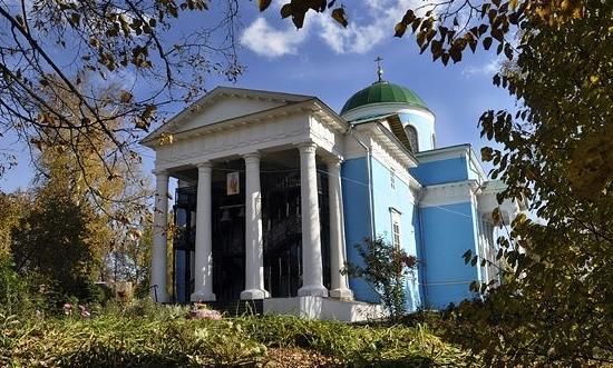 Михайло-Архангельская церковь в Очере современное фото