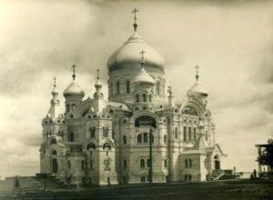 Крестовоздвиженский собор Белогорского монастыря