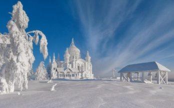 Белогорский монастырь зимой