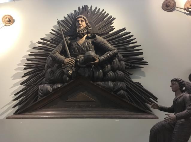 Саваоф деревянная скульптура