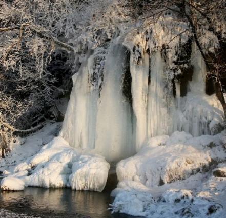 водопад плакун зима