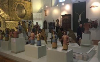 экспозиция деревянной скульптуры