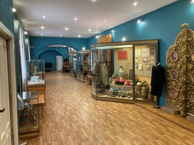 Зал музея истории купечества