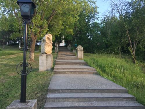 Лестница в Суксунский парк